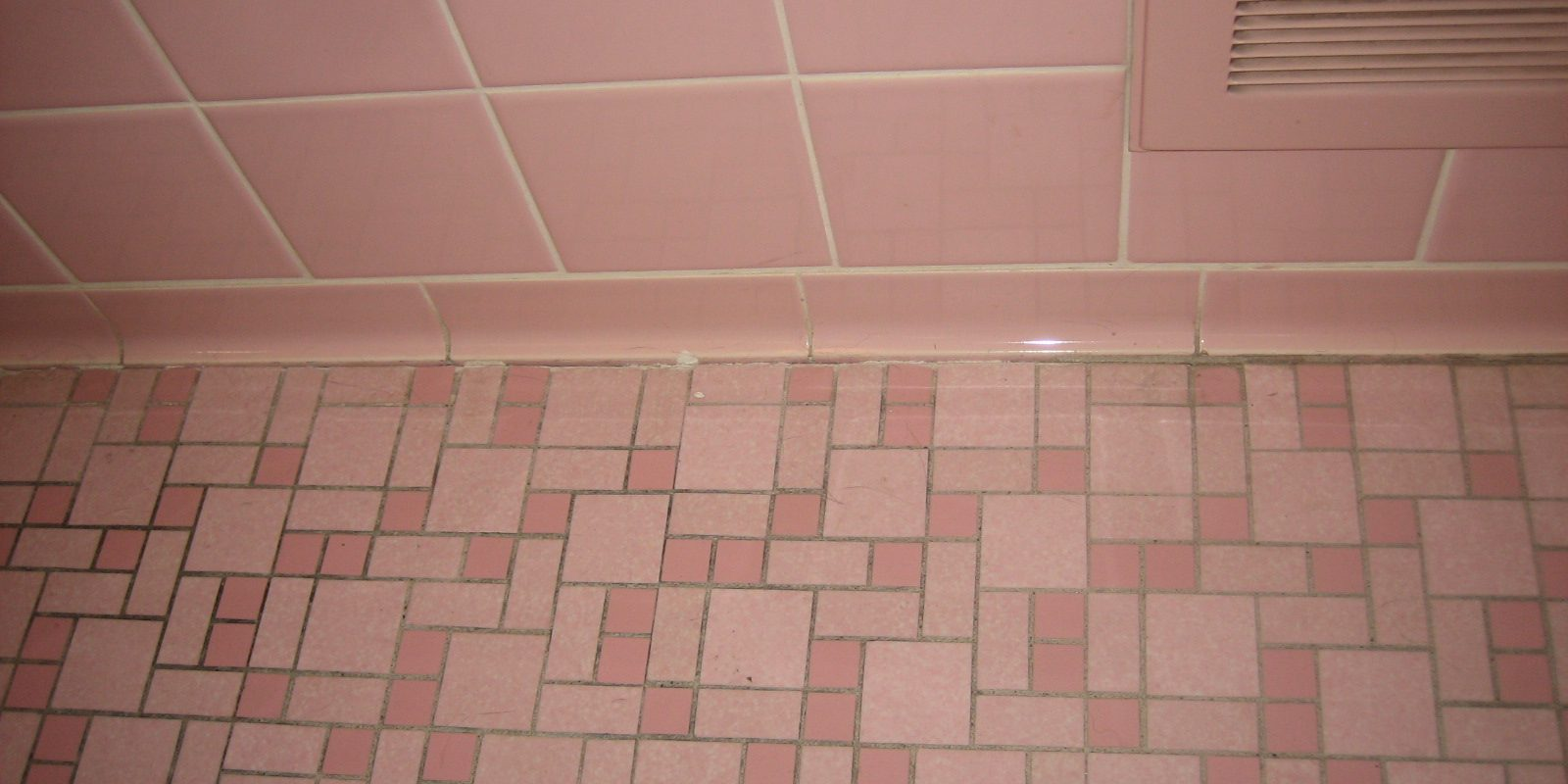 What Is The Trade Off With Painting Your Bathroom Tiles Building Inspections Sydney