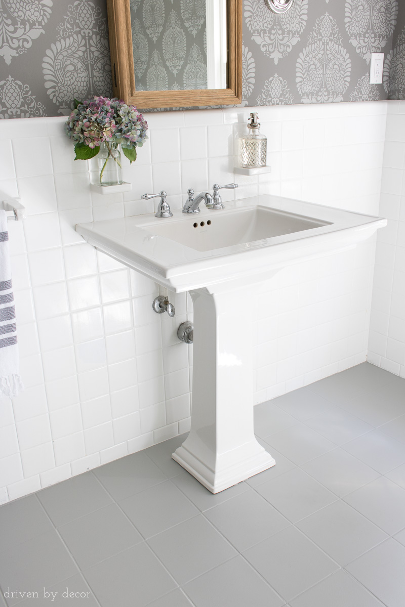 Painted bathroom tiles - Building Inspections Adelaide