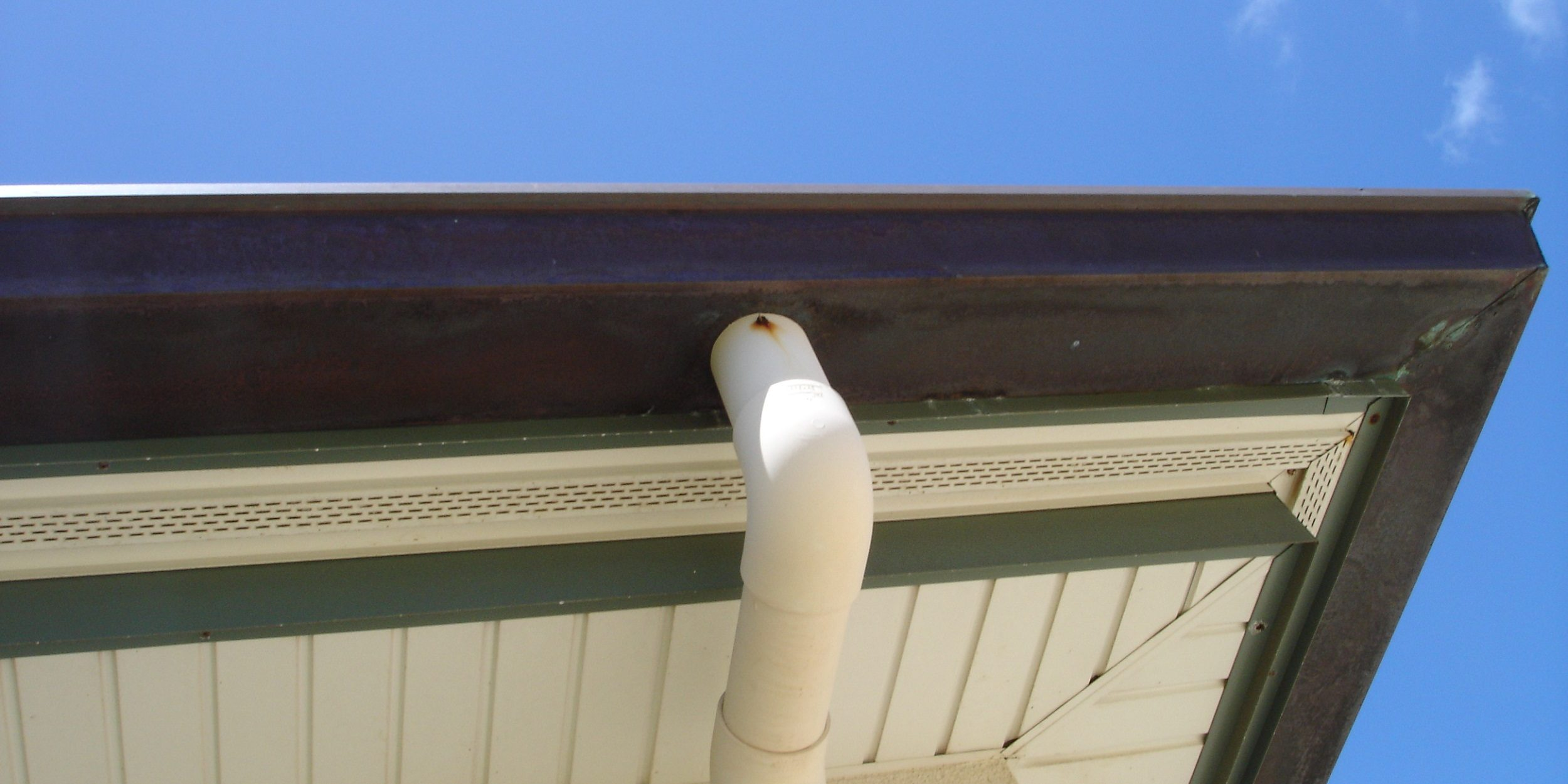 Building Comparison Vinyl Guttering Versus Metal